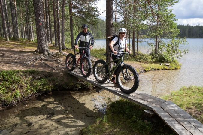 maastopyöräilijät, Muikkupuro, Hossa, Suomussalmi