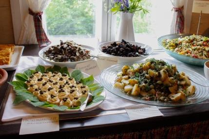 Villiyrteistä valmistettua ruokaa